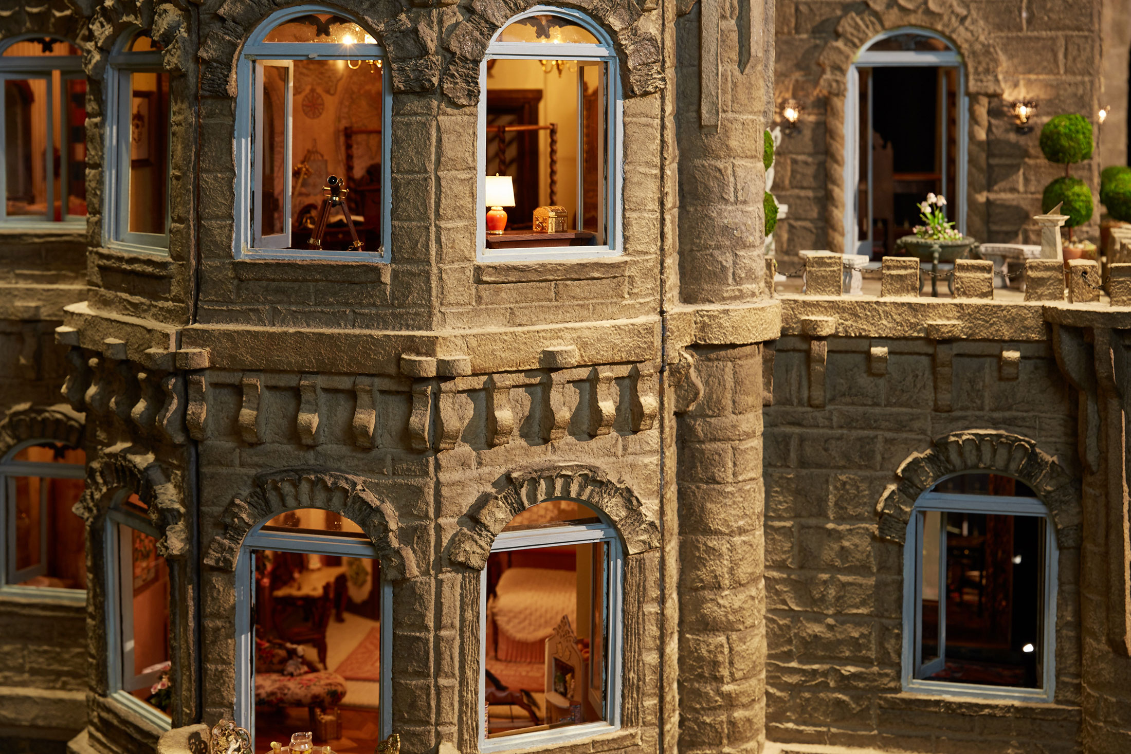Astolat Dollhouse Castle Photos World S Most Expensive