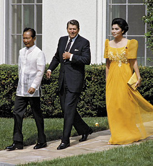 1982: Marcos with her husband and one of her favorite U.S. presidents