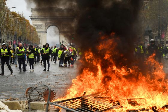 Macron Struggles to Match Intensity of Angry Protests