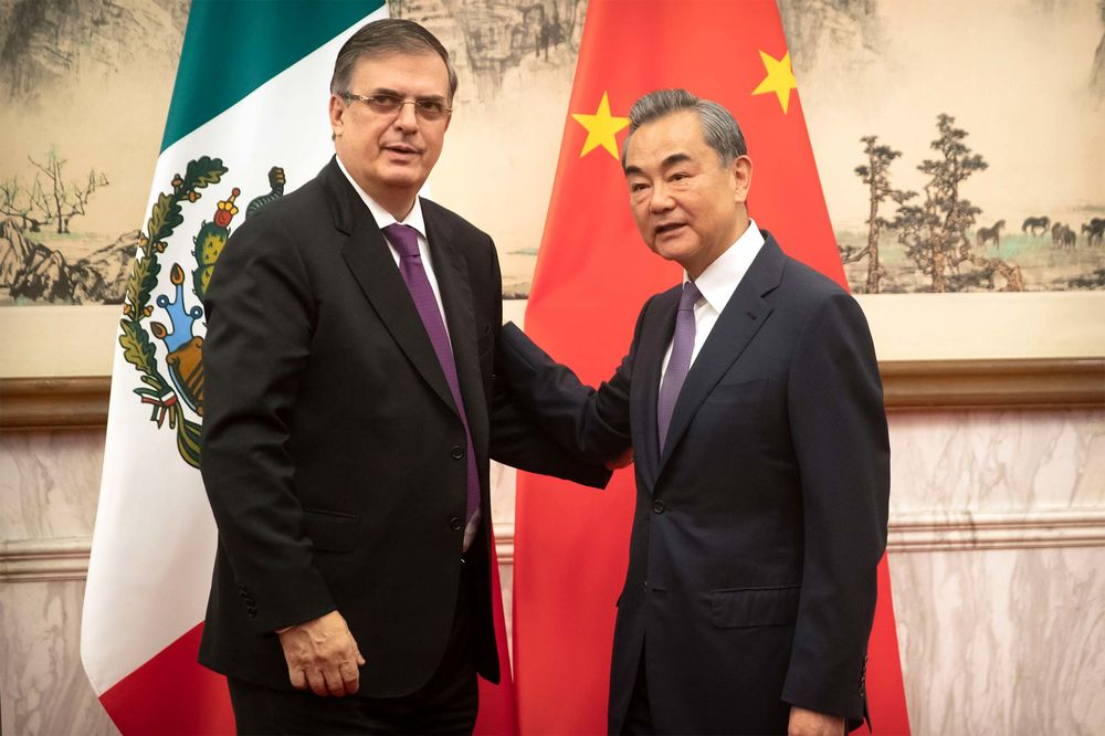 China and Mexico Lay Out Broad Plans to Strengthen Relations - Bloomberg