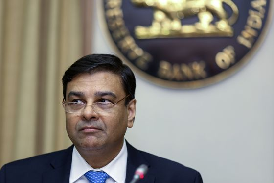 Central Bank Chief's Sudden Exit Roils Nervous India Markets