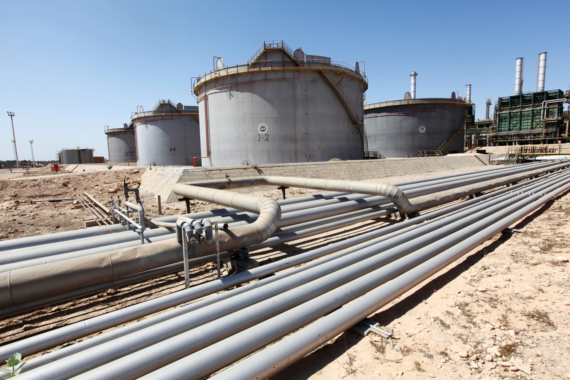 Libya Oil Field Halted Amid Still-Fragile Recovery