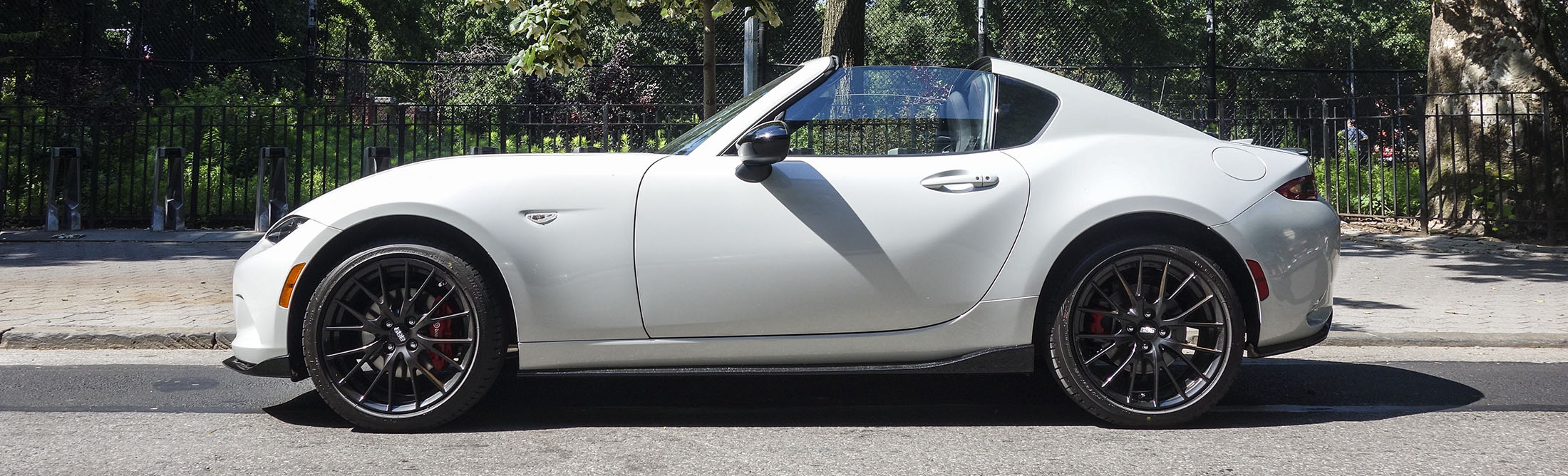 If You Can't Afford a Porsche 911, Buy the Mazda MX-5 RF