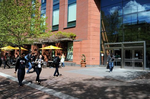 With MBA Applications Down, Wharton Admissions Director Resigns