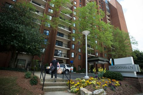 UNC Turns MBAs Into Real Estate Moguls