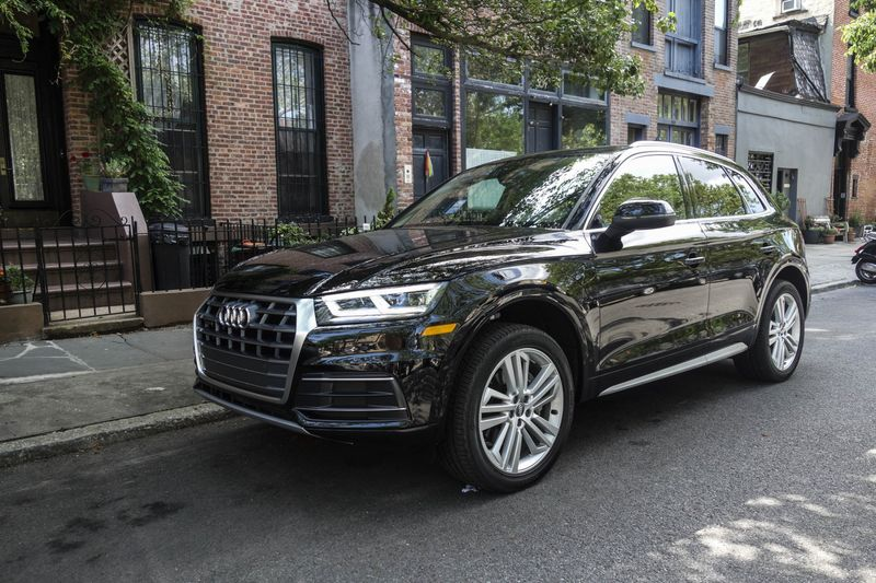 2018 audi q5. interesting 2018 the 2018 q5 comes with brilliant xenon headlights and led daytime running  lights taillights and audi q5 n