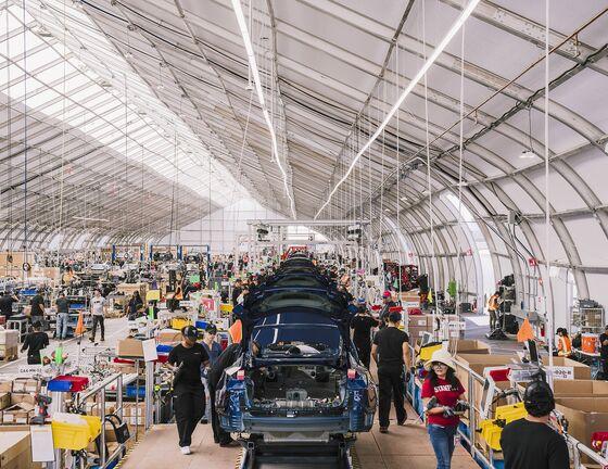 Detroit's Empty Factories Can HelpWin the E-Truck War