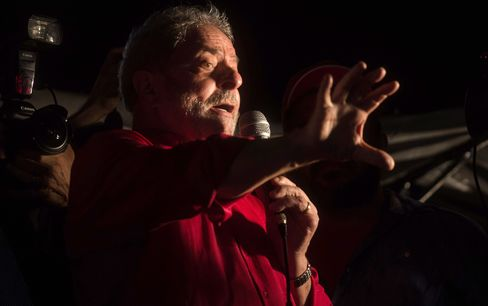 Luiz Inacio Lula da Silva gives a speech to supporters during a protest, in Sao Paulo, on March 18, 2016.