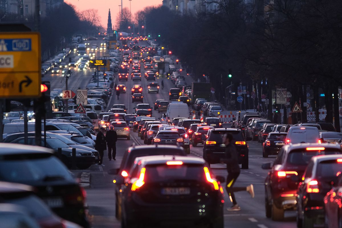 Germany Cushions Drivers From Carbon Tax With Gradual Increase
