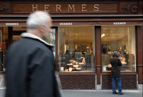 LVMH 'Playing a Waiting Game' for Hermes Takeover, Analysts