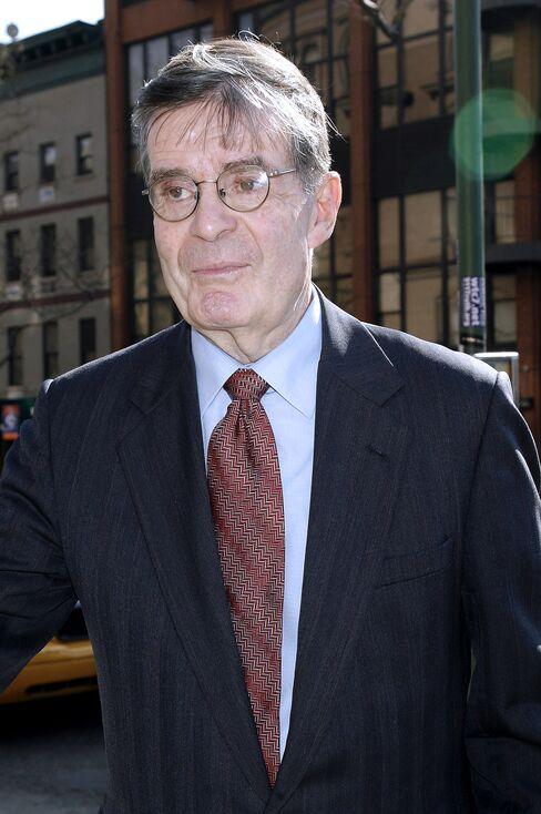 Ted Sorensen, Wordsmith Aide to Kennedy, Dies at 82