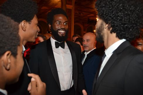 """Yahya Abdul Mateen and other members of """"The Get Down"""" cast"""