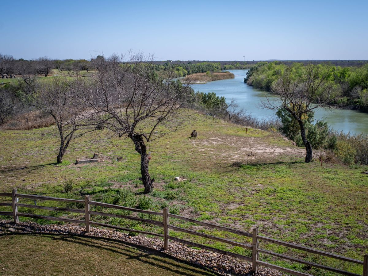 Trump's Border Wall Faces Texas-Size Backlash From Landowners