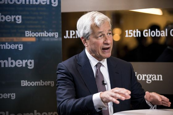 Dimon Says Yields 'Extraordinarily Low,' 4% Wouldn't Be Bad