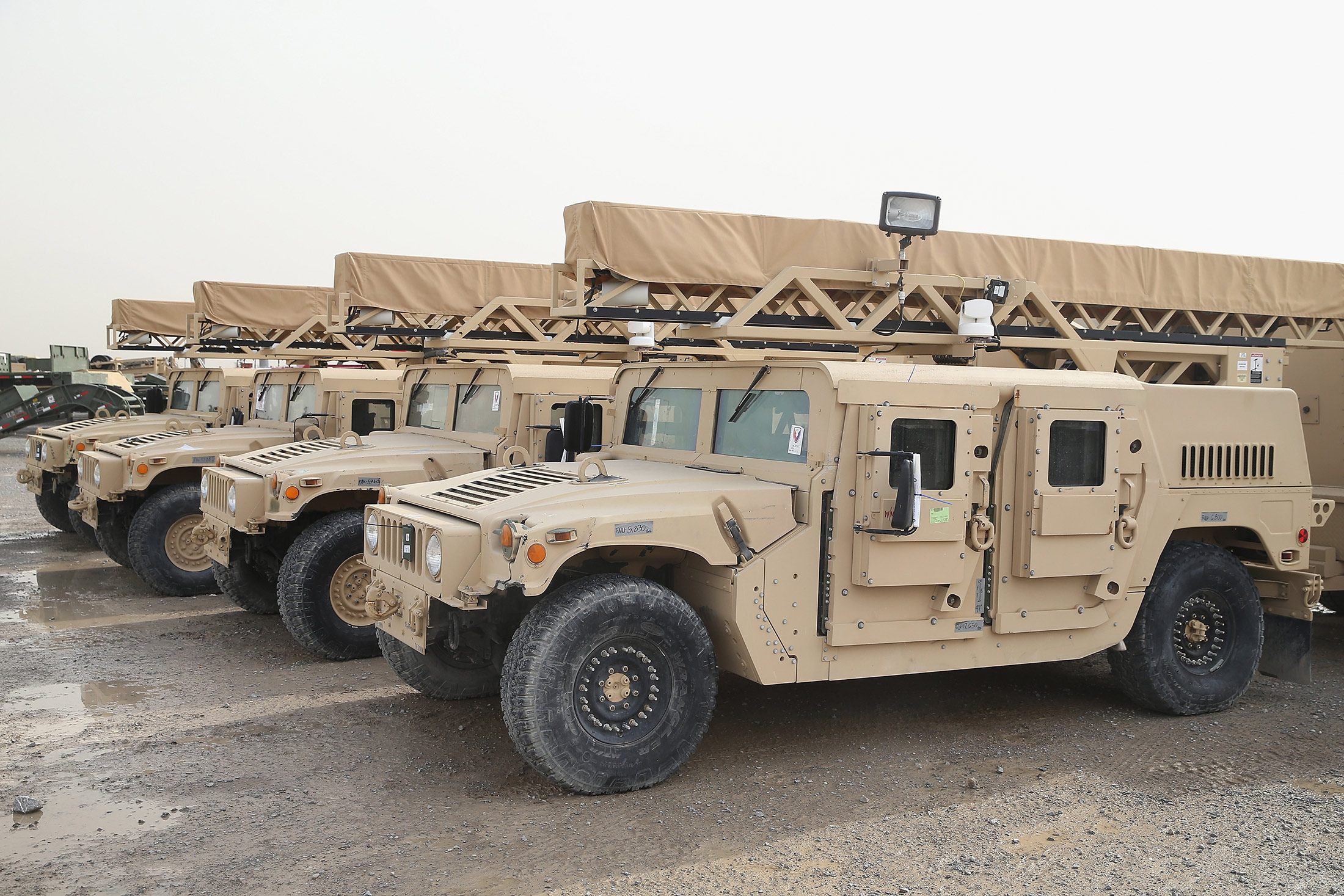 Oshkosh Wins $30 Billion U.S. Army Contract to Build Humvee ...