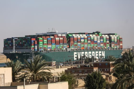 Shipping Containers Plunge Overboard as Supply Race Raises Risks