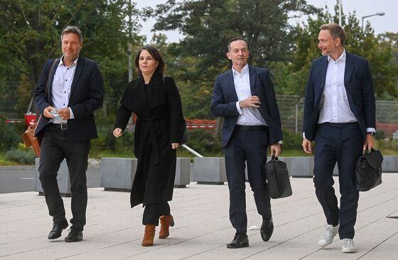 German Coalition Talks Face Strains on Split Over Money