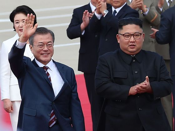 North Korea Trades Scorn for Flattery to Win Benefits From Moon