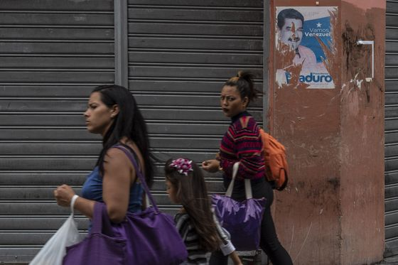 Currency Devaluation Layers on More Chaos in Caracas
