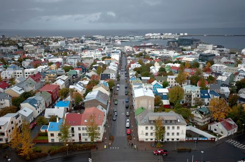 Post-Crisis Iceland Is Test Site for Too-Big-to-Fail Prevention