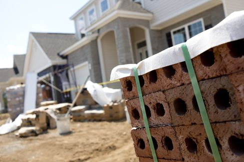 U.S. July Home Resales Rise to a 4.47 Million Rate