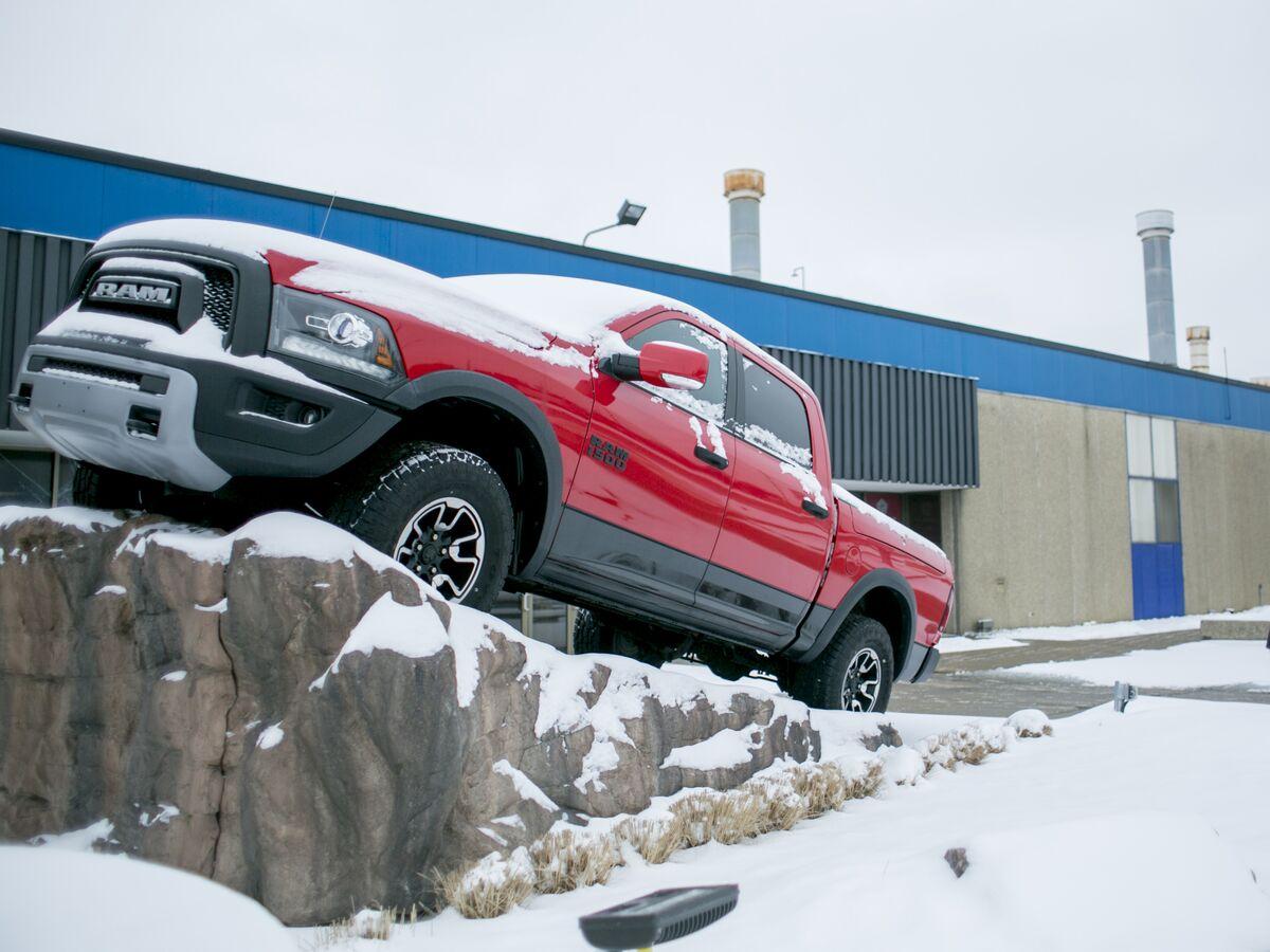 Stellantis Delays Production of Trucks Amid Global Chip Shortage thumbnail