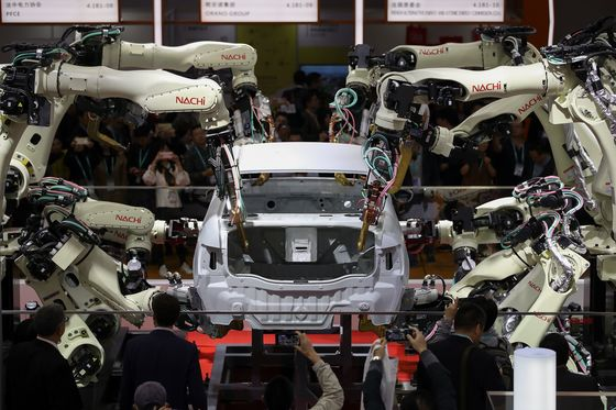 Xi's Import Fair Offers Deals But Leaves Many Barriers Intact