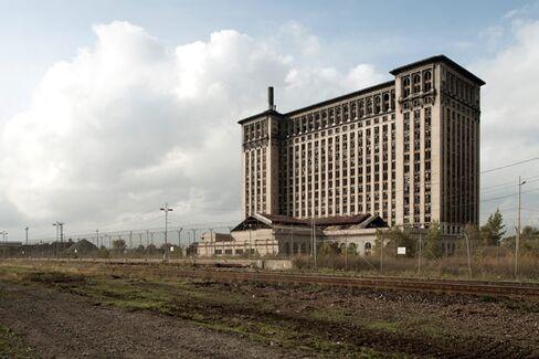 A Ticklish Challenge: Selling Detroit After Bankruptcy