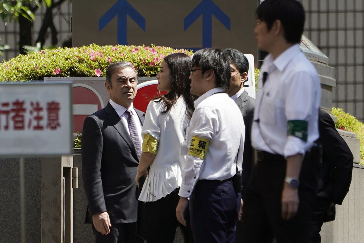 Proving Conspiracy Is Carlos Ghosn's Court Tactic a Year After Arrest
