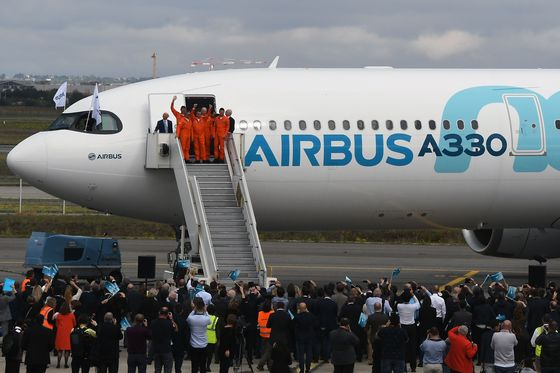 Airbus Wins $9.2 Billion of Aircraft Orders From Asian Carriers