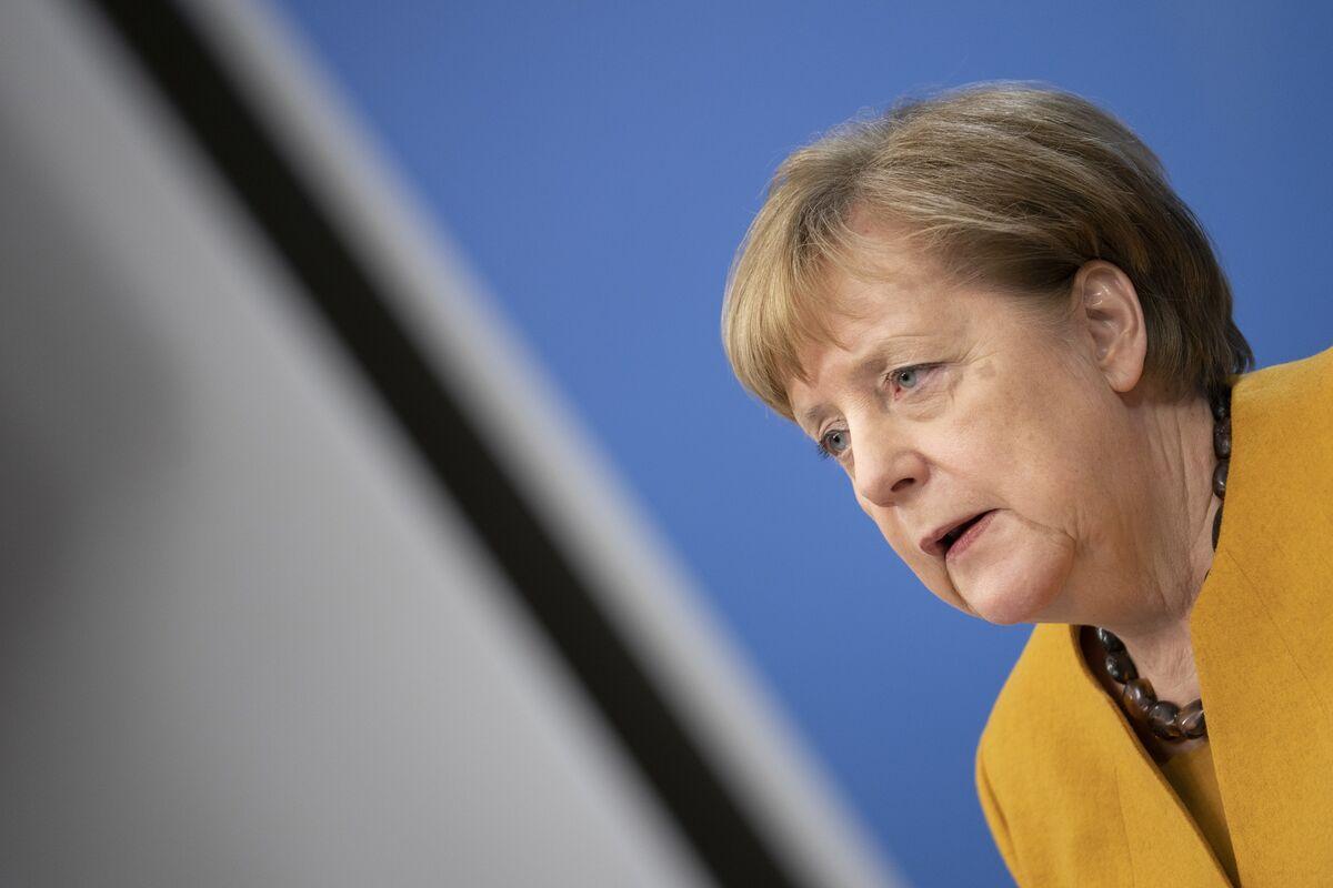Merkel Drive to Slash Emissions at Risk as Green Power Splutters