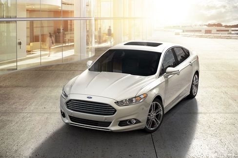 The current Ford Fusion won customers by looking quite a bit like an Aston Martin.