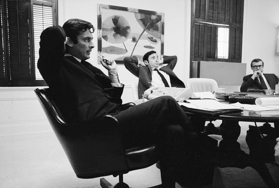 Robert Evans, Movie Producer Behind 'Godfather,' Dies at 89