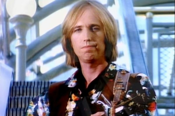 relates to Google Rents the Mall From Tom Petty's Free Fallin' Video