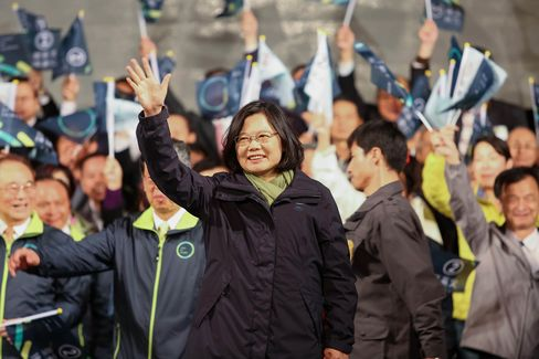 Tsai Ing-wen waves to supporters after delivering her victory speech in Taipei in January 2016.