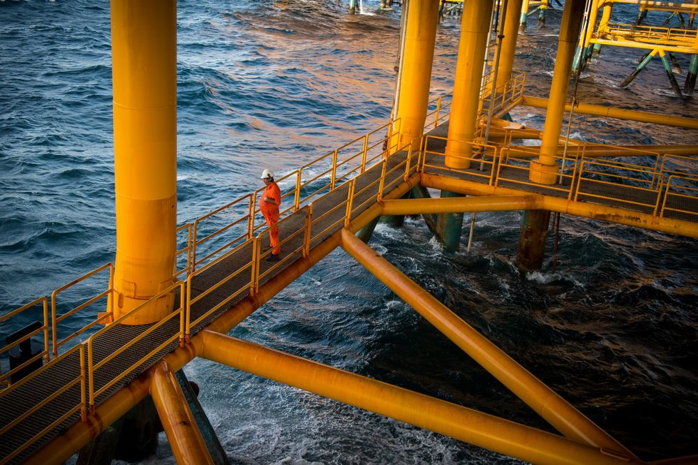 Why Iran's Deepening Isolation Is a Boon to U.S. Oil Producers