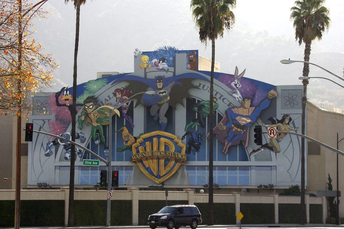 Harvey Weinstein Film Tv Library Has New Backer Warner