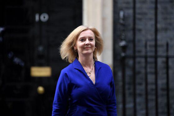 Johnson Replaces Raab With Truss in Reboot: U.K. Politics Update