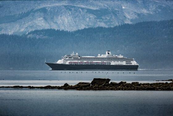 Effort to Bring Cruises Back to Alaska Is Delayed as Senators Wrangle
