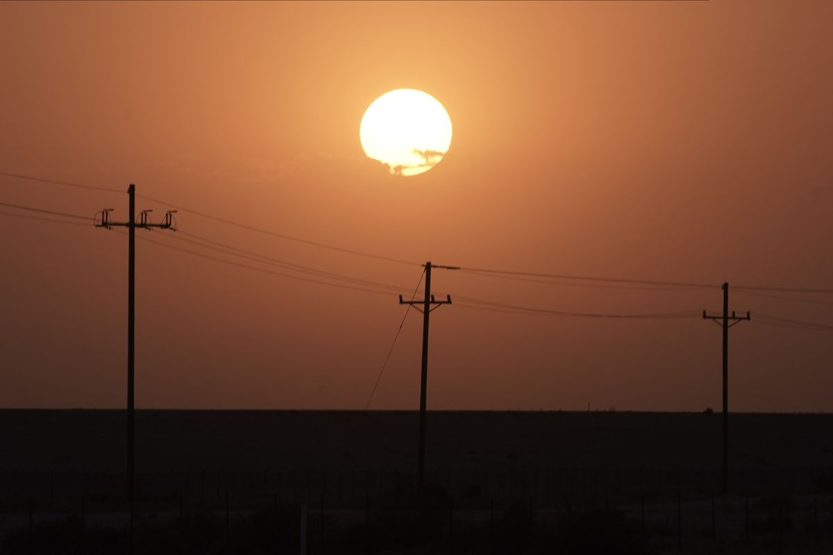 Stifling Heat in Texas and California Squeezes Power Grids