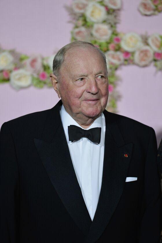 Dealmaker's Children Take Speedy Control of $5.7 Billion Fortune