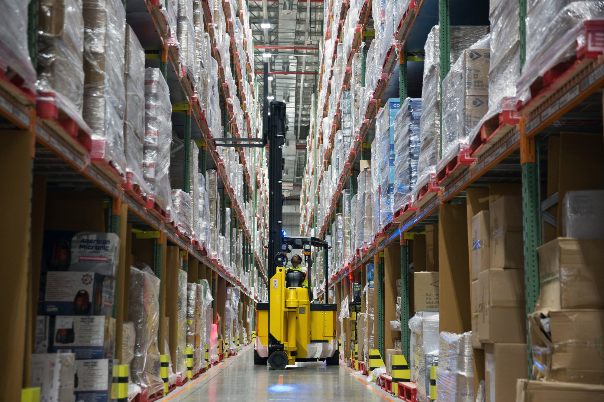 Rise of Online Shopping Makes Warehouses Hot Property in India ...