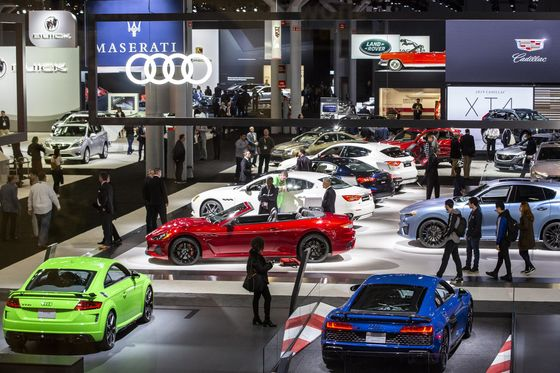 N.Y. Auto Show Stocks Up On Disinfectant and Stays on Schedule