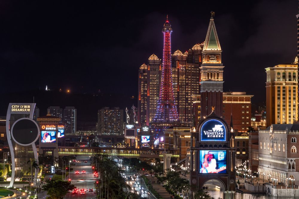 Casinos Face Uncertainty as Macau May Push Out Licensing Bids