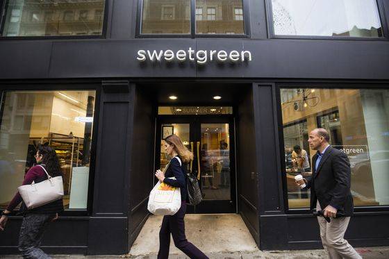 Sweetgreen Will Once Again Accept Cash
