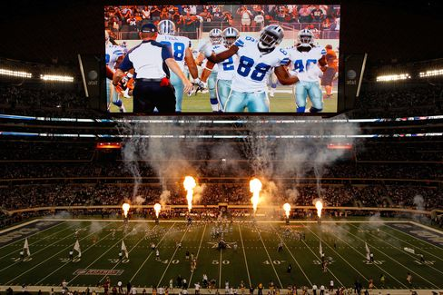 Jerry Jones Prospers as Giants Fans Help Pay for Cowboys Stadium