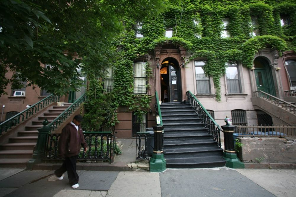 A Collective of Writers Are Saving Harlem's Langston Hughes House From  Gentrification - Bloomberg