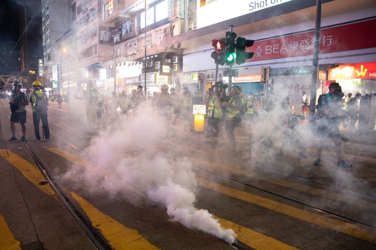 In Hong Kong's Leaderless Movement, Officials Don't Know Who to Negotiate With