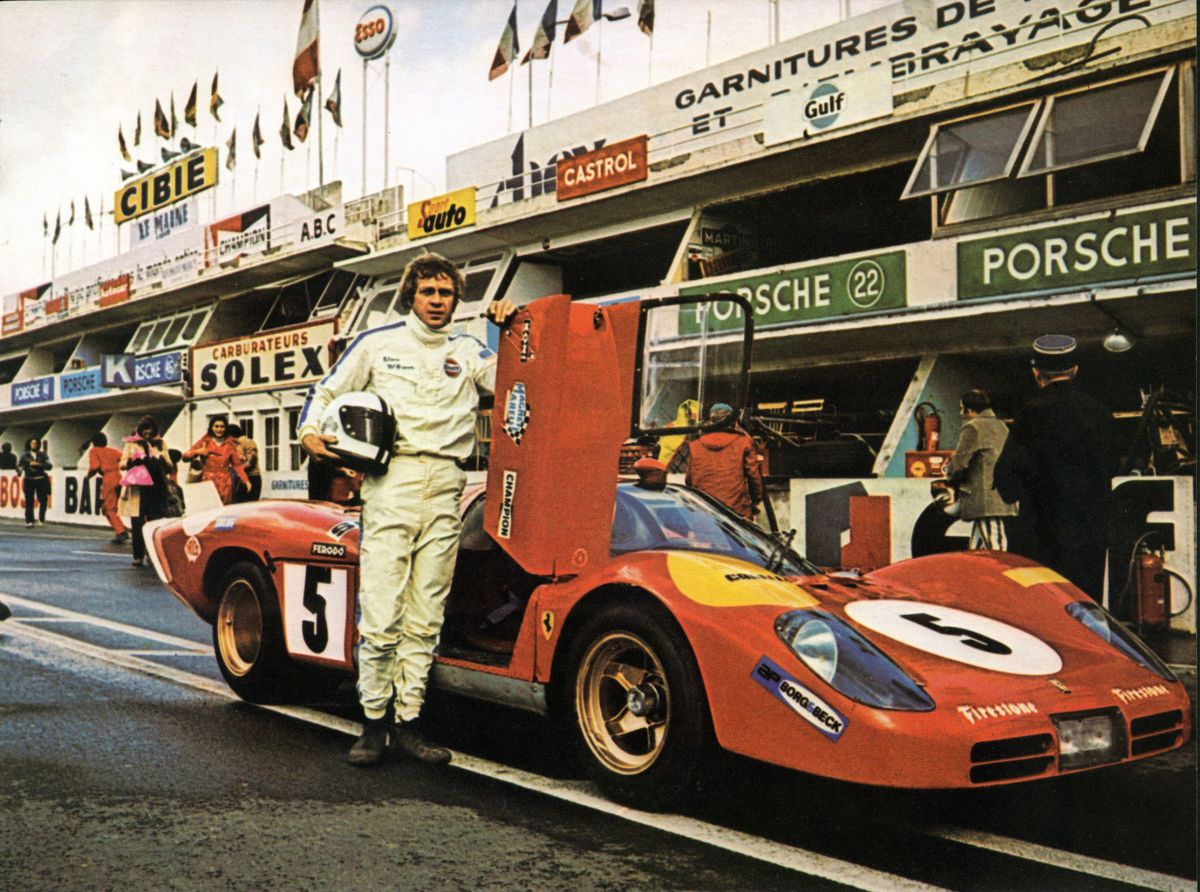 1971 COOL STEVE McQUEEN 24 HOUR OF LEMANS AUTO RACING PORSCHE 917 RACE CAR PHOTO