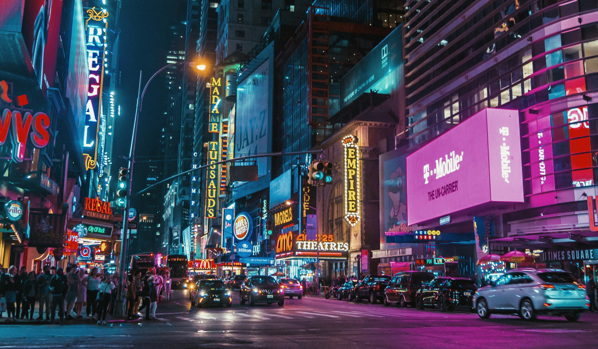Times Square Is Having Trouble Hanging On to Office Workers - Bloomberg